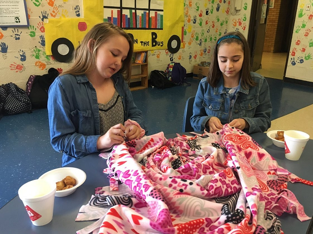 Screen-Free Week participants in Virginia made blankets for pediatric cancer patients.